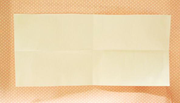 ポチ袋のレイアウト用に紙を折る